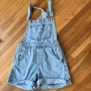 Levi's shorts overalls
